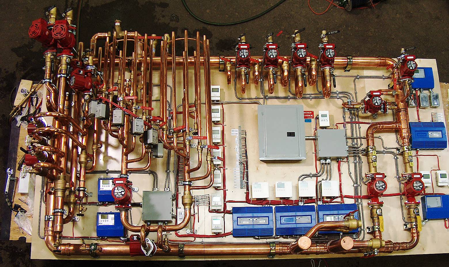 Hydronic Cooling Units : Reliable residential hydronic heating systems